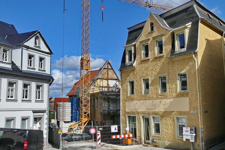 Die Bauarbeiten am künftigen Verwaltungsdepot in Lommatzsch sind in Verzug geraten. Und sie werden wohl deutlich teurer als geplant.