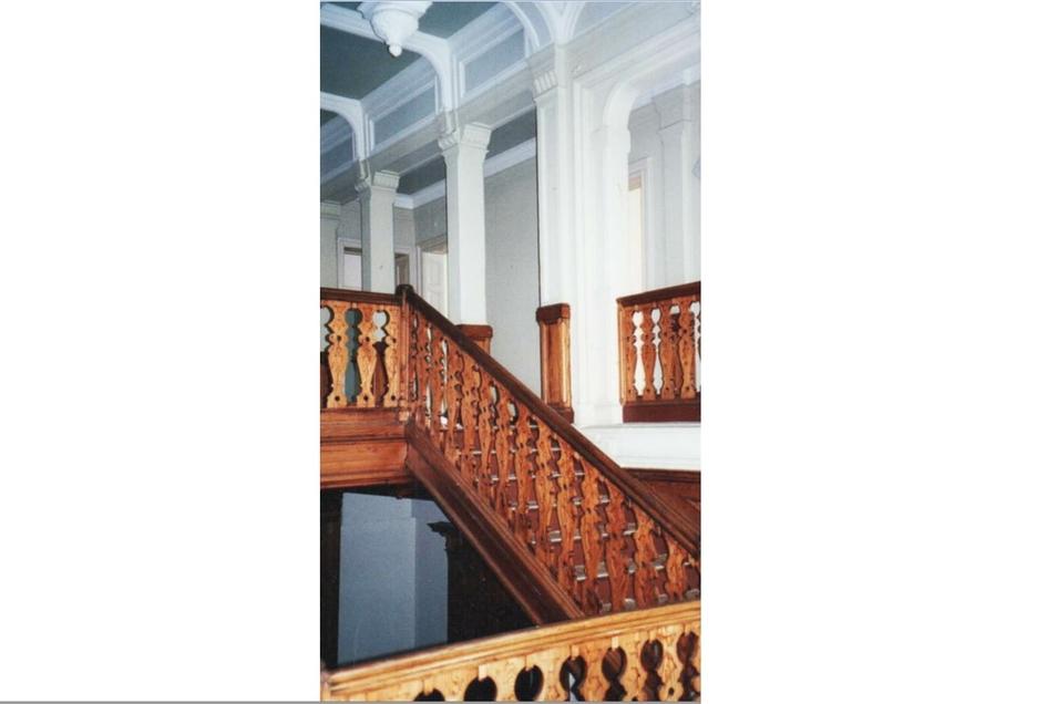 ... und auf diesem Bild ein Blick auf die edle Treppenhausgestaltung. Fotos/Repros: Sammlung Ulrich Beyer (2), Sammlung Ralph Schermann, Ratsarchiv Görlitz
