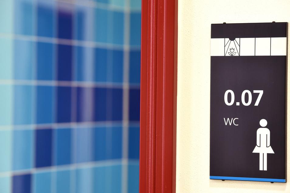Raum 0.07 ist nichts für Geheimagenten - sondern die moderne Toilette für die Damen an der Schule.