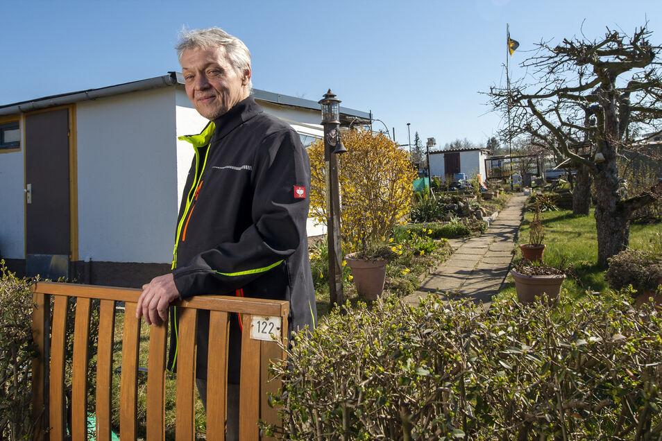 """""""Ohne Garten wäre ich wie ein Tiger im Käfig."""" Heiko Schulz freut sich, dass er trotz Ausgangssperre in seinen Pirnaer Kleingarten darf."""