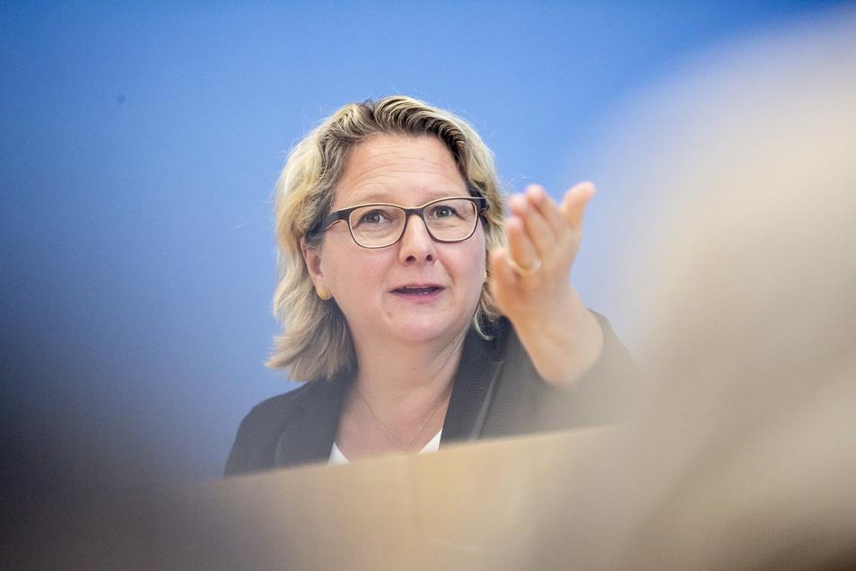 Svenja Schulze (SPD) ist die Bundesumweltministerin,