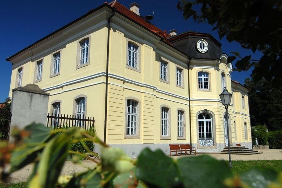Veranstaltungsort und Ausflugsziel: So ist das Schloss Königshain in der Region bekannt.