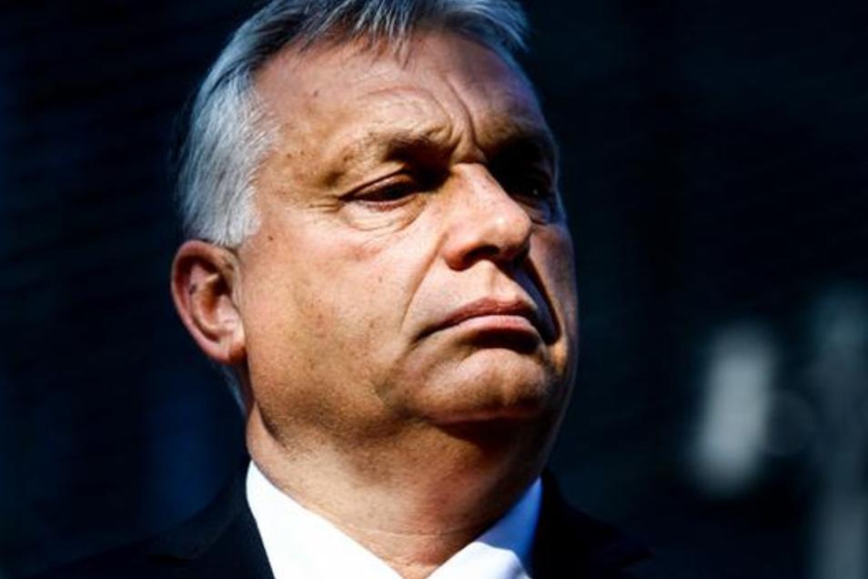 """Ungarns Präsident Victor Orban ist Wortführer der Visegrád-Staaten, die gegenüber der EU mehr Autonomie verlangen. Sein wichtigsten Regierungsorgan hat unlängst erstmals den """"Huxit"""" angedroht, der Austritt aus der EU."""