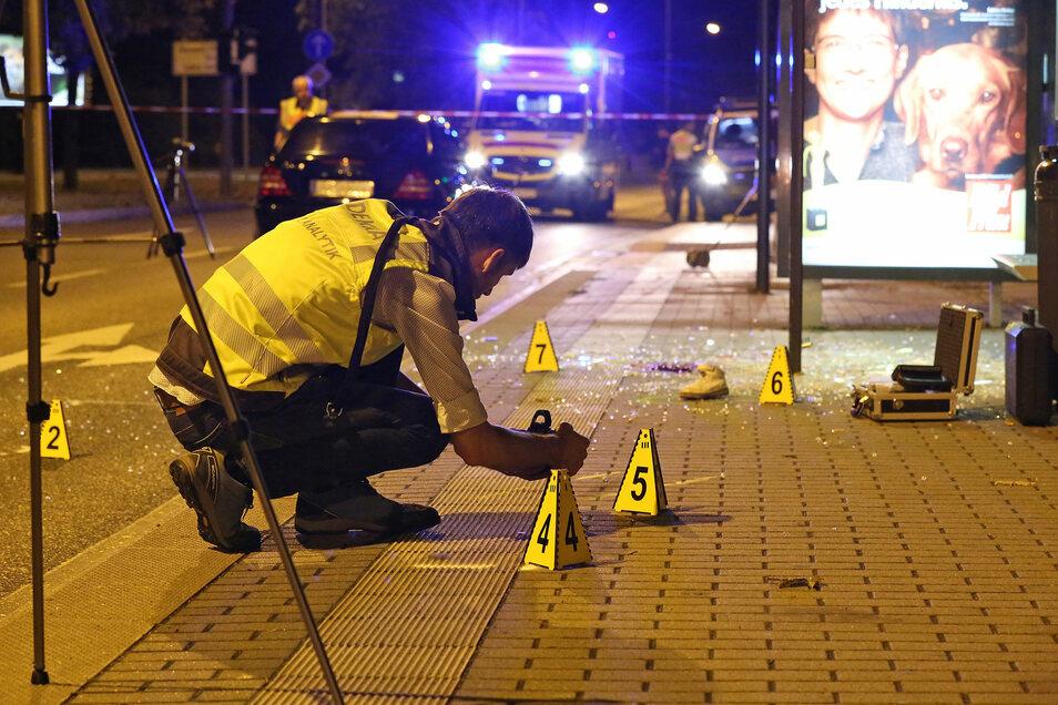 Direkt vor Ort begannen noch am Abend die Ermittlungen zur Unfallursache.