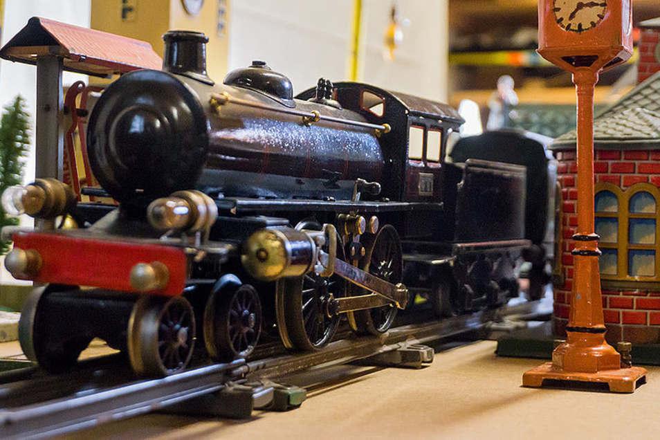 Im Pirnaer Stadtmuseum gibt es eine besondere Modellbahnanlage in Aktion zu erleben.