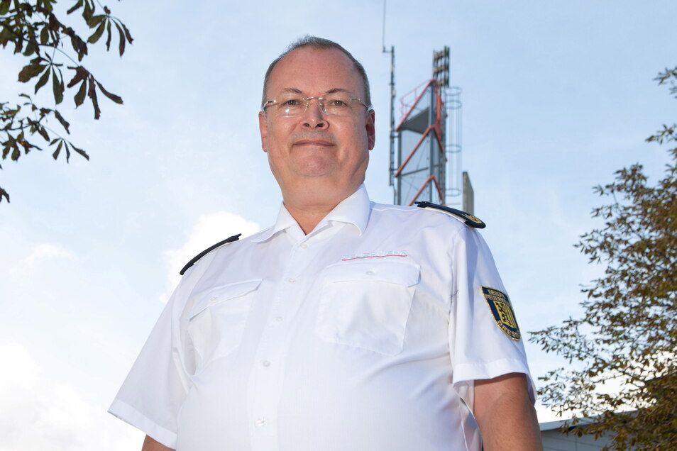 Andreas Rümpel ist Chef des Landesfeuerverbandes und weiß, wann nach einem Feuerwehreinsatz eine Rechnung geschickt wird.