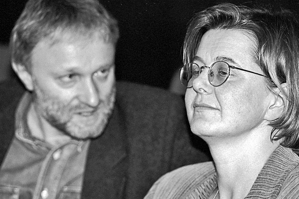 Politische Weggefährten: Marianne Birthler und Werner Schulz bei der Landesdelegiertenkonferenz der Brandenburger Grünen im Jahr 1992 in Frankfurt/Oder. Foto: imargo