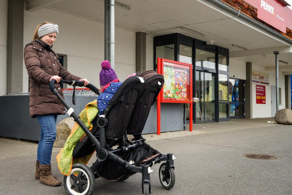 Sylvia Rentsch durfte nicht in den Supermarkt, weil sie durch ihren Kinderwagen keine Hand frei hatte für einen Einkaufswagen.