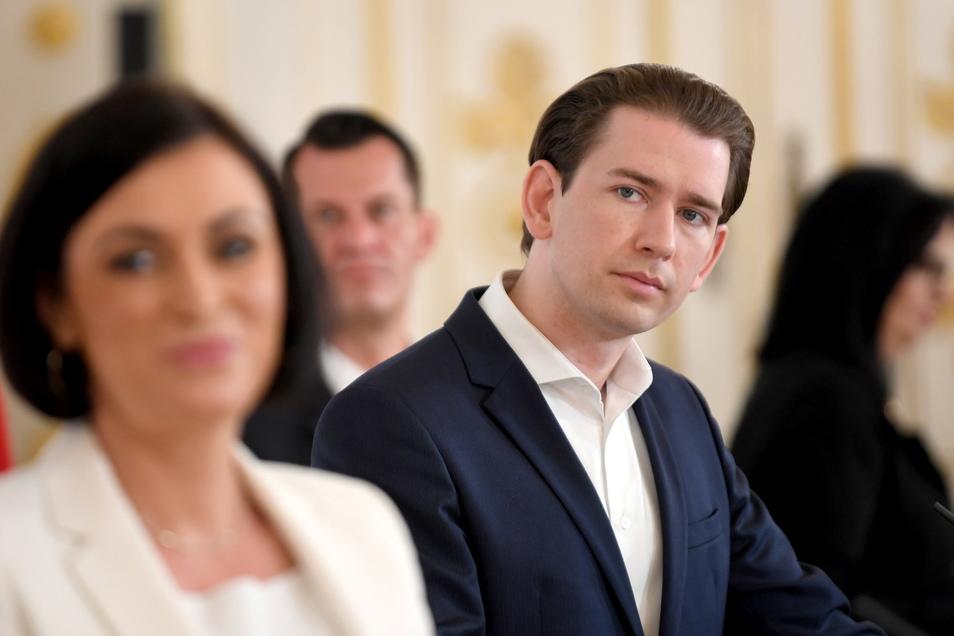 Österreichs Bundeskanzler Sebastian Kurz (ÖVP) und Mitglieder seines Kabinetts haben weitere Öffnungsschritte während der Corona-Pandemie verkündet.