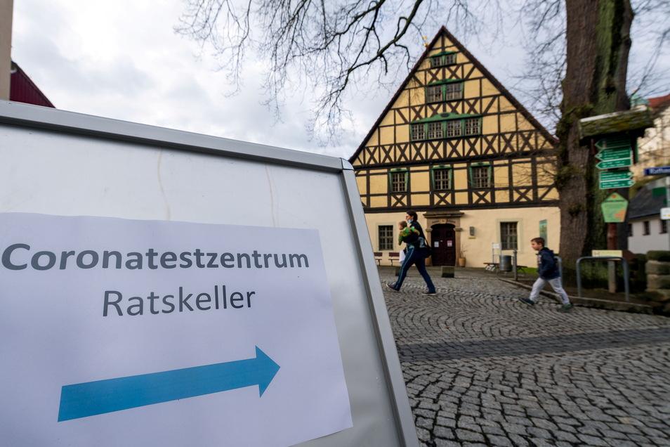 Im Ratskeller von Hohnstein wird getestet. Aber offenbar viel zu wenig, dass es sich rechnet.