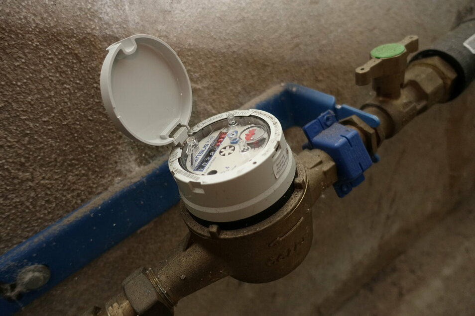 Wasserzähler sind in der Verantwortung der Hausbesitzer. Sie müssen dafür sorgen, dass sie vor Frost geschützt werden.