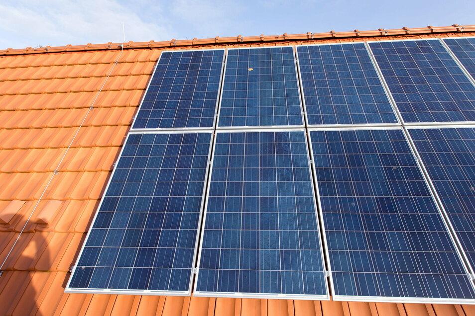 Die Photovoltaikanlage für das Dach des Eigenheims könnte künftig aus Sachsen kommen.