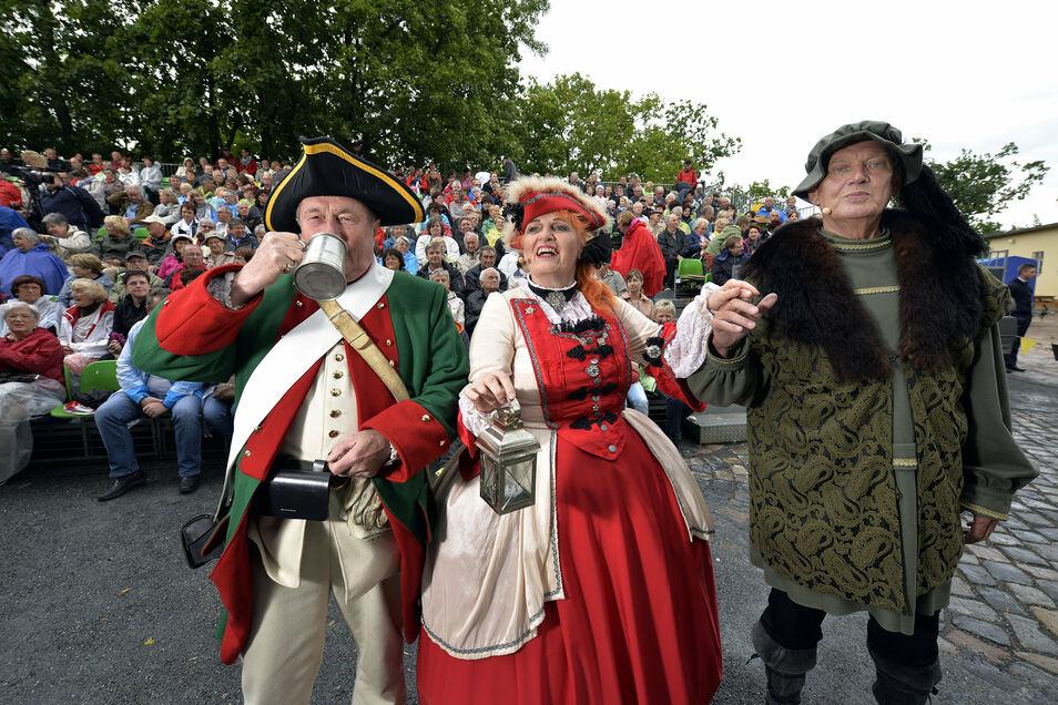 Doblyns Mimen vor fünf Jahren beim Heimatfestspiel auf dem Schloßberg. In diesem Jahr ist das Heimatfest abgesagt. Döbelns Laienspielgruppe wird aber die Gäste beim Stadtbummel am 25. Juli unterhalten.