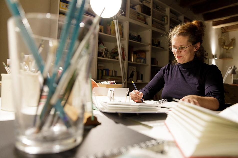 Früh um vier zeichnet Sabine Euler meistens ihre Cartoons. Dann herrscht noch Ruhe.
