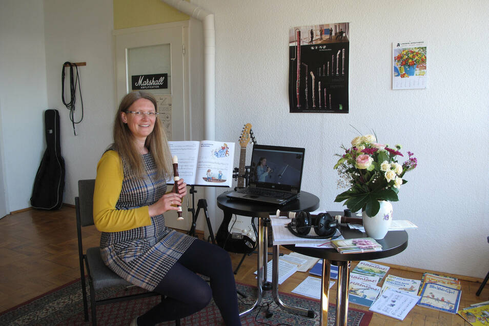 Anne Scheibler ist Leiterin der Musikschule Herrmann in Radeberg und Dresden. Sie gibt selbst Musikunterricht.