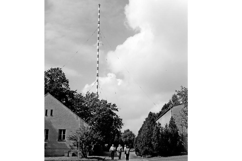Nach der Wende konnte der Sender Wilsdruff besichtigt werden. Nun soll die Riesenantenne abgerissen werden.