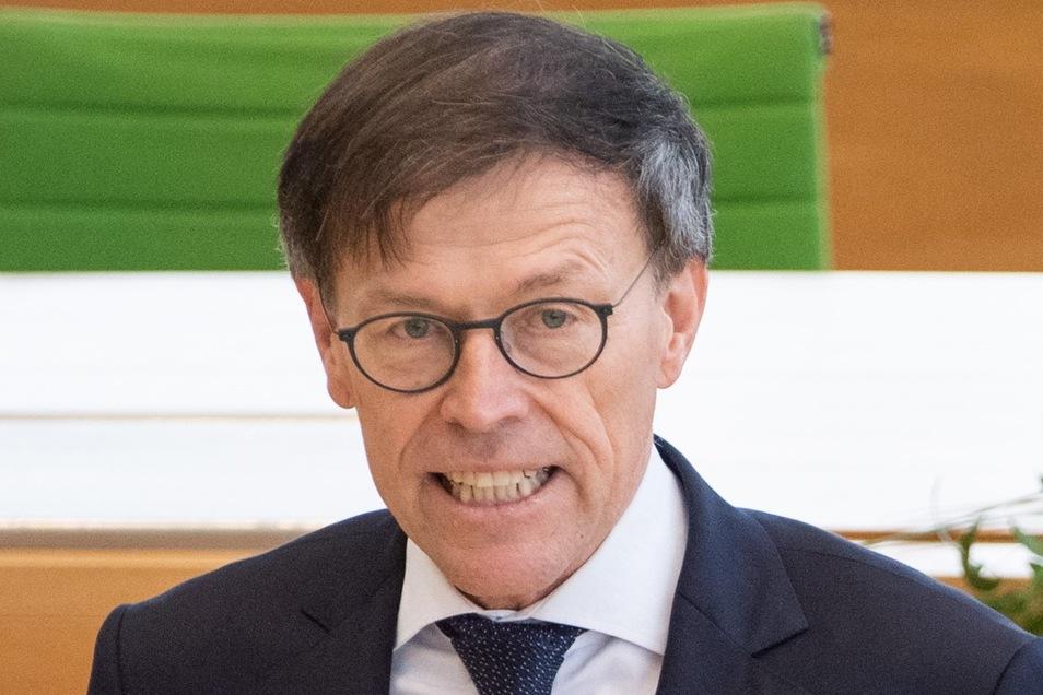 """Erst mal zuhören, dann urteilen"" – Landtagspräsident Matthias Rößler."