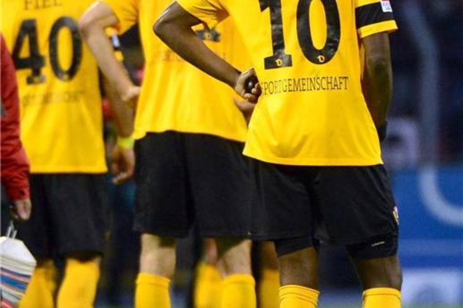 Dynamo Dresden muss nun wieder mehr um die weitere Ligazugehörigkeit bangen.