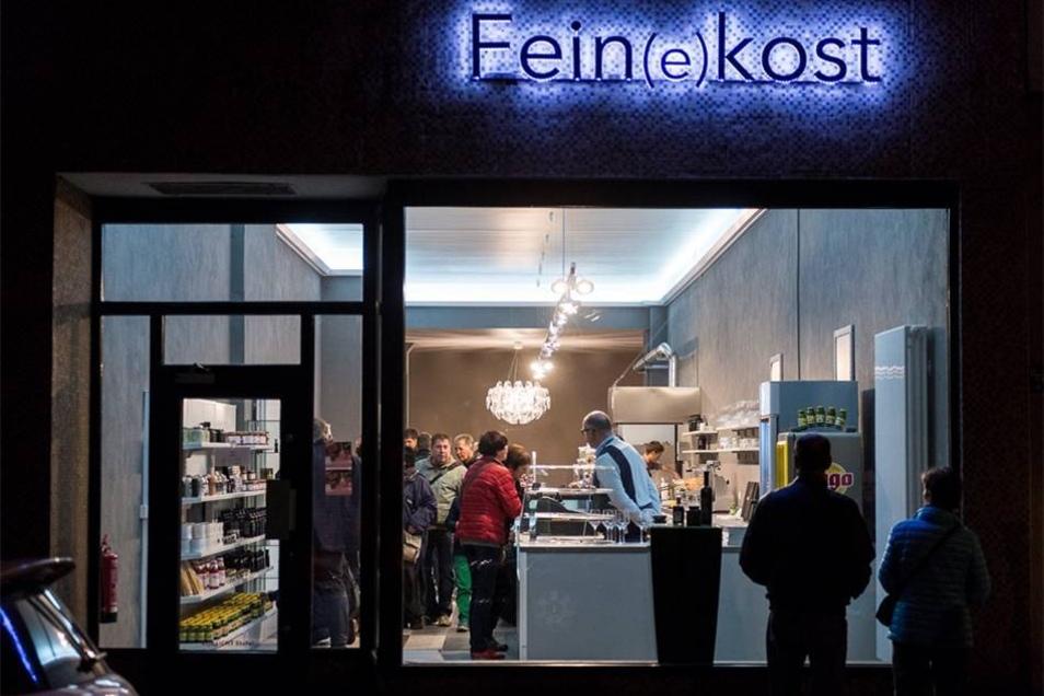 Läden wie der Fein(e)kost auf der Jakobstraße hatten geöffnet.