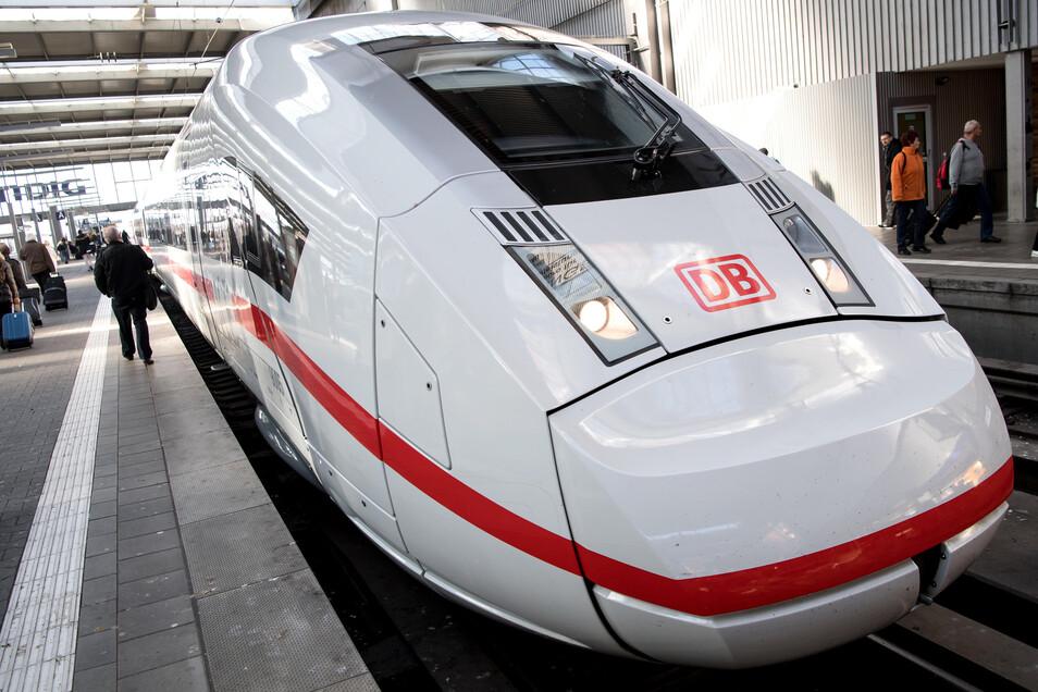 München ist einer der Bahnhöfe, den der ICE 4 anfährt. In Sachsen hält der modernste Zug der DB bisher regulär nur in Leipzig.