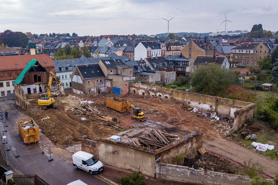 Das Areal des ehemaligen Stadtgutes aus der Vogelperspektive. Ist das Eckhaus gefallen, werden die mauern abgerissen.