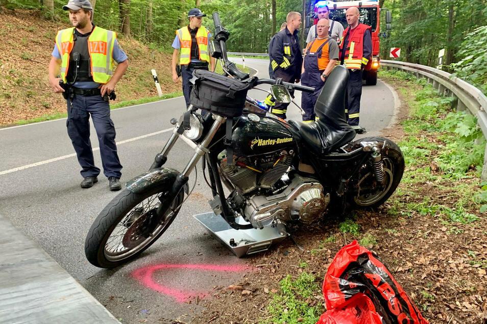 Der Biker war in einer Kurve zwischen Sebnitz und Lichtenhain gestürzt.