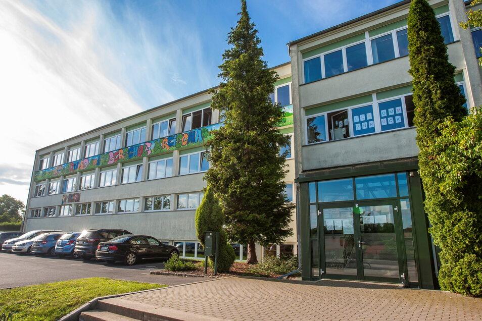 Die Grund- und Oberschule Kreischa ist sanierungsbedürftig und zu klein - hier soll sich alles ändern.