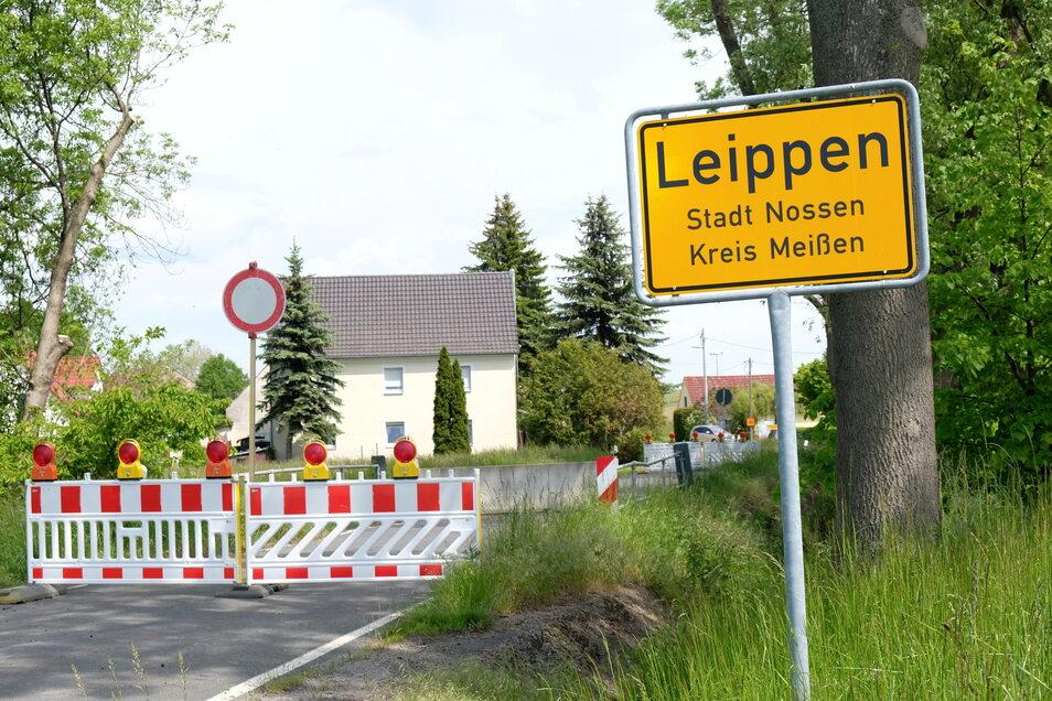 Seit Monaten besteht eine Vollsperrung der Straße am Ortseingang Leippen.