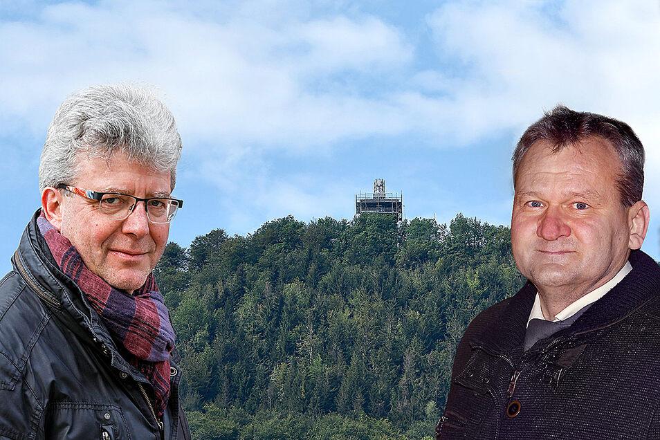 Bei einem Spaziergang auf die Lausche (Mitte) haben sich Großschönaus Bürgermeister Frank Peuker (links) und der Chef der Herrnhuter Sterne, Oskar Scholz, über einen Lausche-Stern unterhalten.