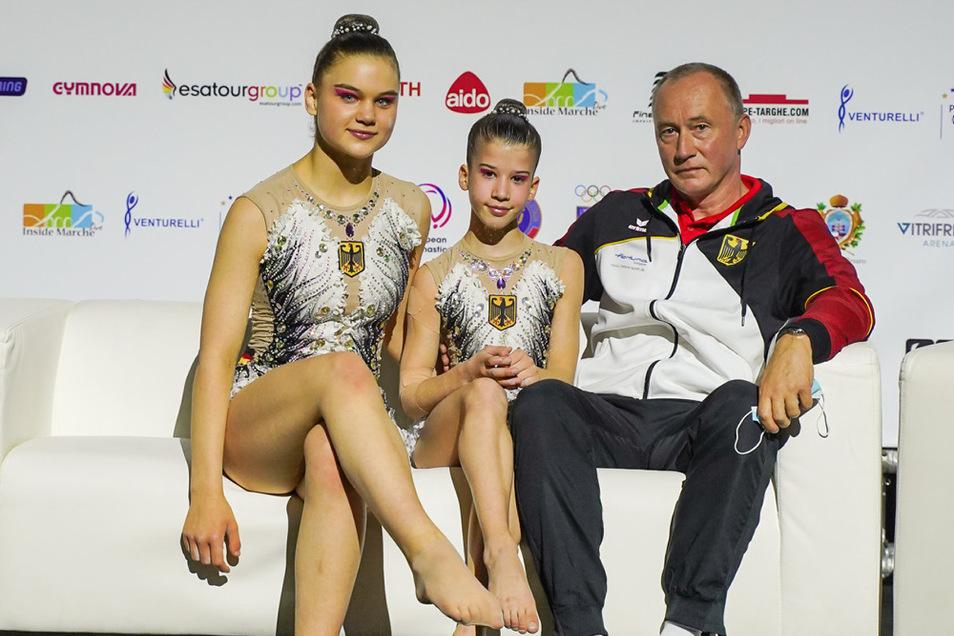 Josie Jando und Liora Ebnet im italienischen Pesaro: Platz 5 der Sportakrobatik-EM! Damit hatte nach dem Final-Einzug auf Platz 8 niemand rechnen können. Am aufregendsten war die Zeit des Wartens bis zum Feststehen des Endergebnisses.