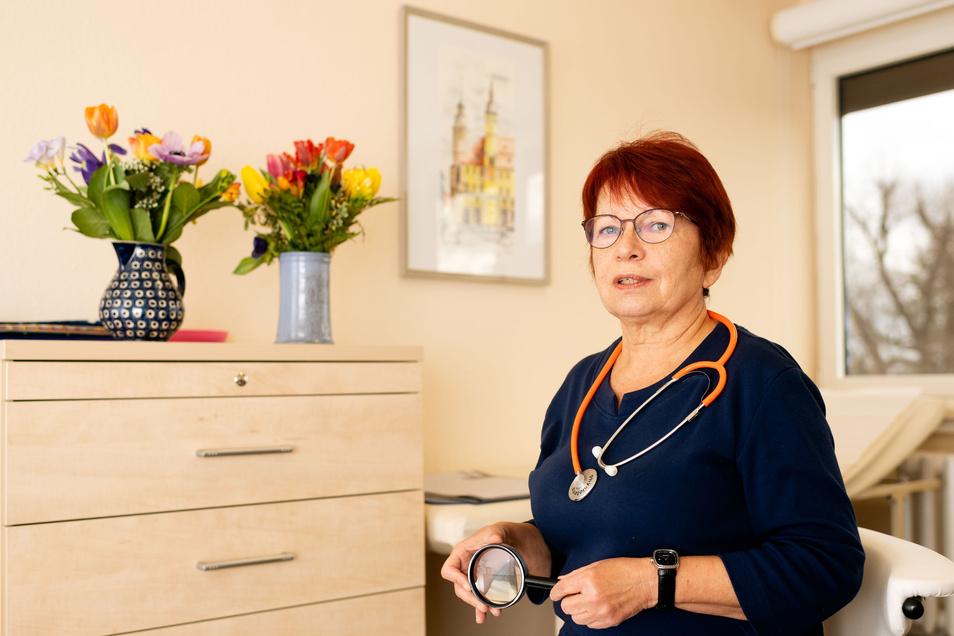 Die Bautzener Hautärztin Silvia Mirtschink wird zum Ende des Quartals ihre Praxis schließen. Einen Nachfolger für ihre Praxis im Ärztehaus an der Töpferstraße hat sie nicht gefunden.