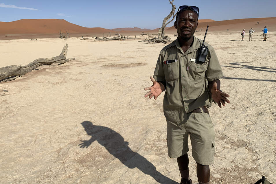 Ranger Michael im Sossusvlei.