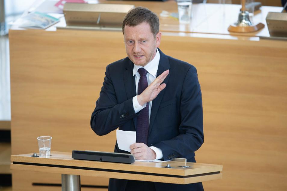 Ministerpräsident Michael Kretschmer (CDU) äußerte sich später als seine meisten Amtskolleginnen und -kollegen nach dem Brand im Flüchtlingslager Moria.