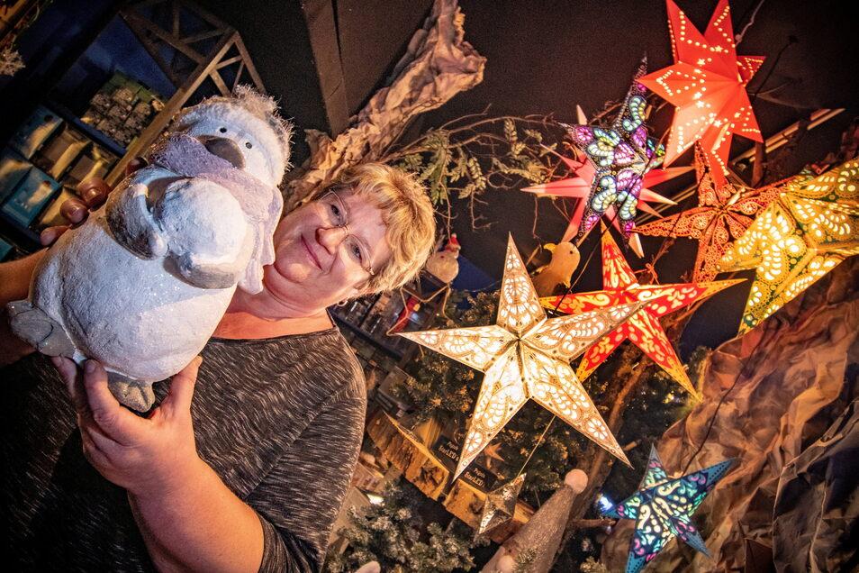 Jeannette Weiß gehört zum Team, das ab Sonnabend, 16. Oktober, wieder die Besucher in Strocken begrüßt.