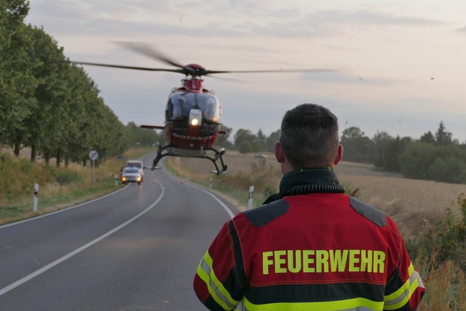 Mit dem bereitstehenden Hubschrauber wurde er in eine Klinik geflogen.