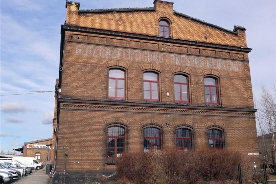 Der denkmalgeschützte Backsteinbau des einstigen Güterbahnhofs.Stefan Becker