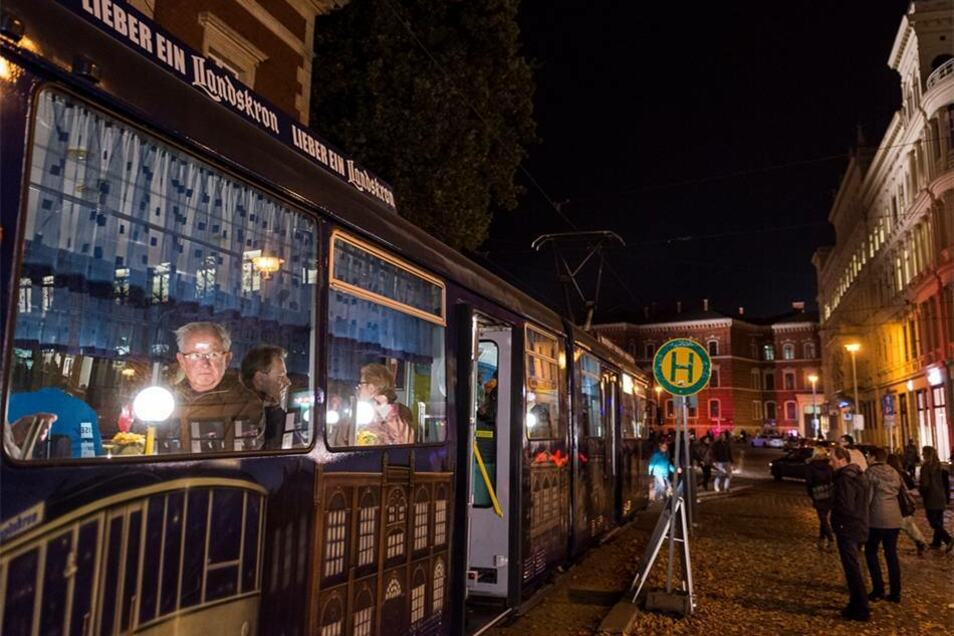 Die Landskron-Straßenbahn brachte die Besucher durch Görlitz.