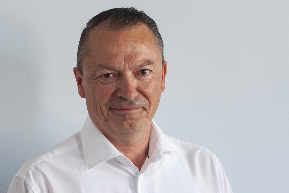 Mario Beger, Großenhain, 13 463 Direktstimmen, 40,1 Prozent.
