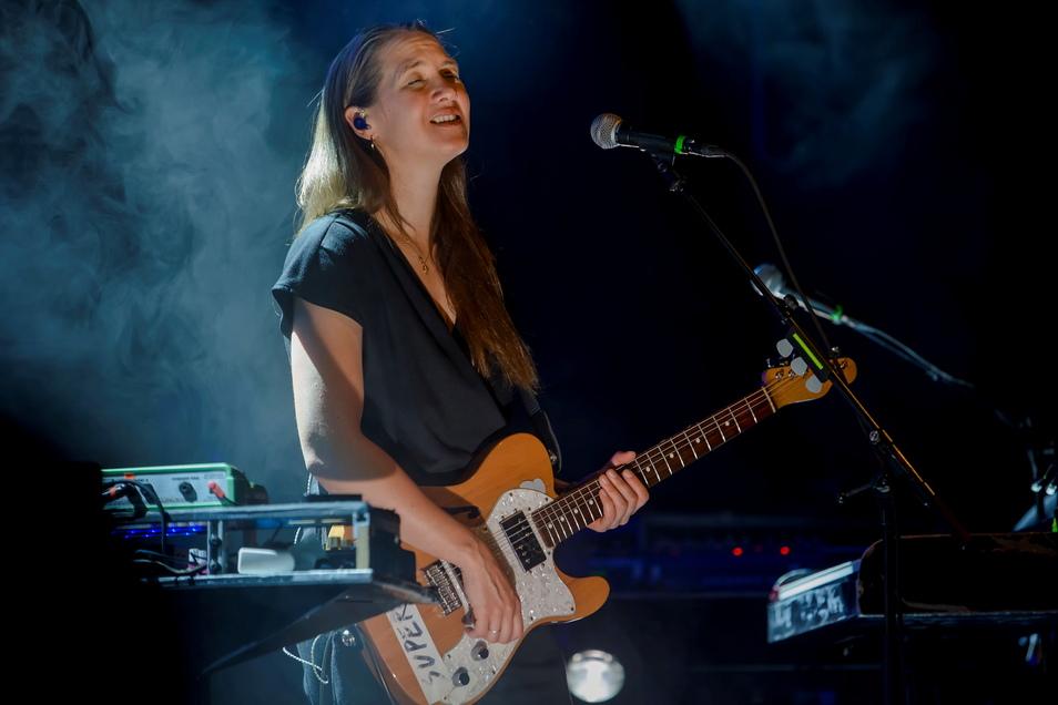 Sophie Hunger kommt Ende August auf den Konzertplatz Weißer Hirsch.