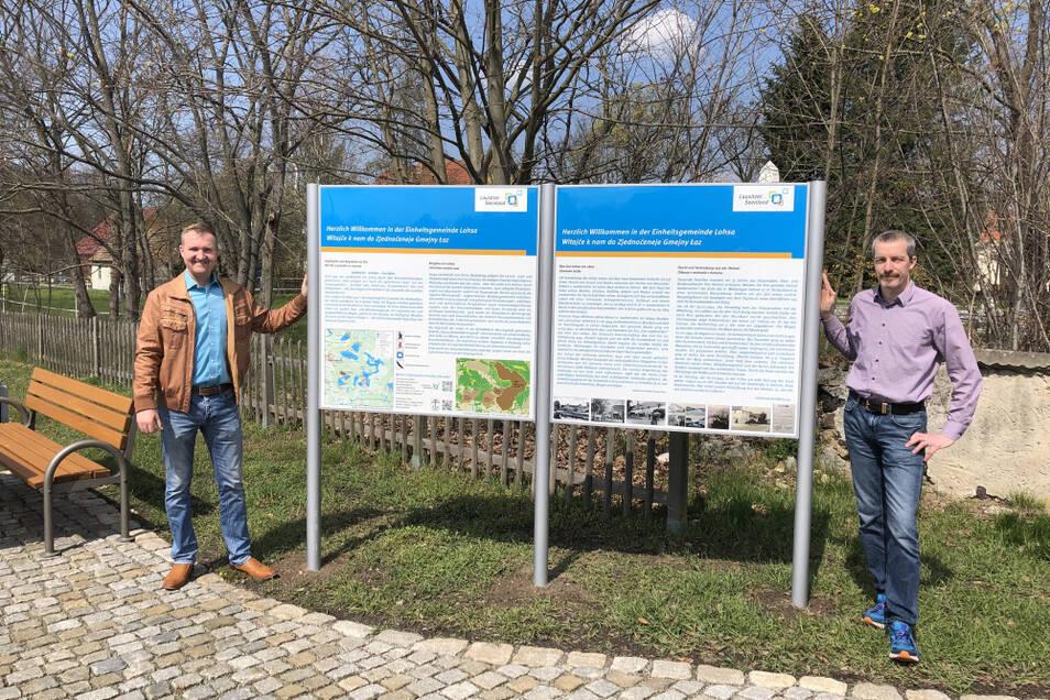 Bürgermeister Thomas Leberecht und der Projekt-Verantwortliche Jens Kieschnick weihten die Informationstafeln kürzlich ein.