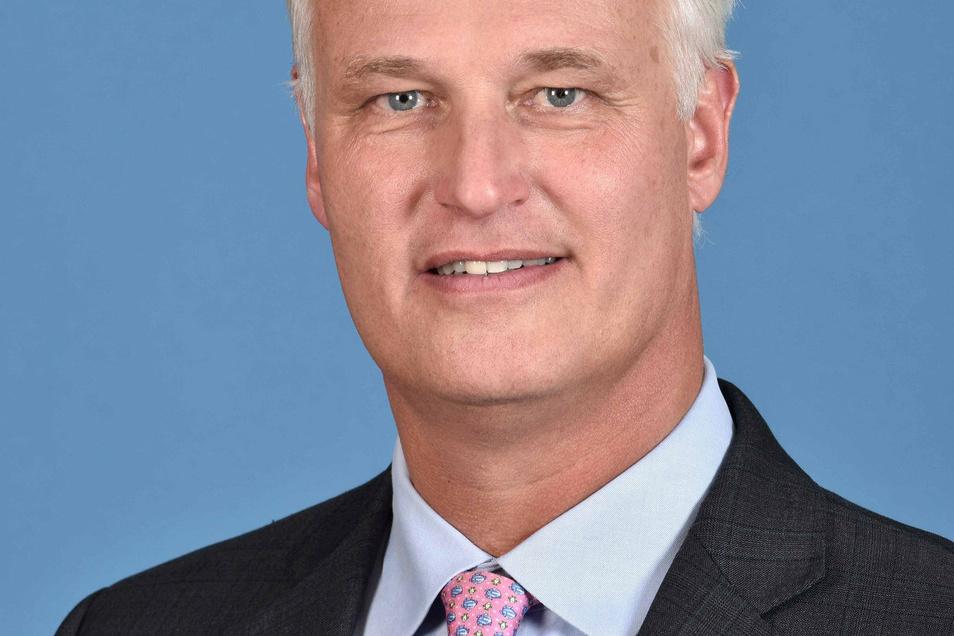 Carl Martin Welcker (Jg. 1960) leitet seit 1993 die Alfred Schütte GmbH. Seit 2016 ist er Präsident des VDMA.