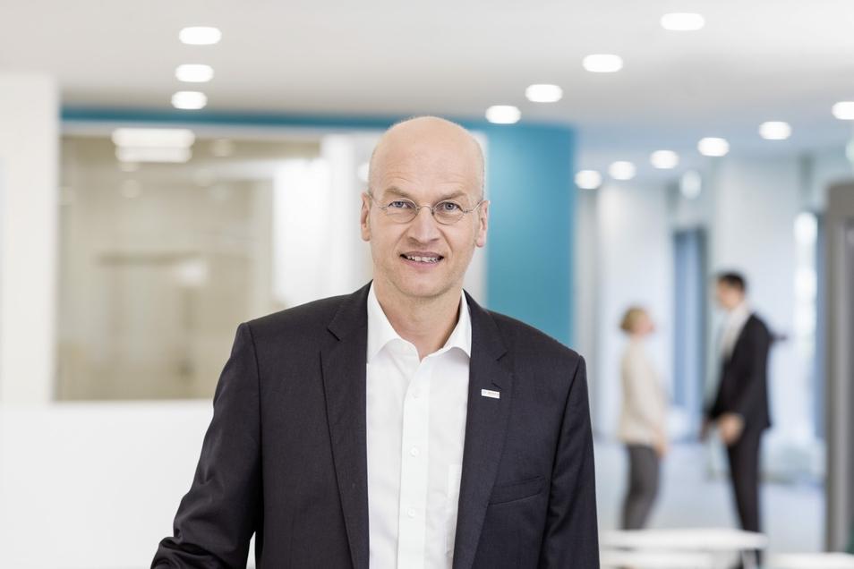 Dr. Harald Kröger, Geschäftsführer der Robert Bosch GmbH sieht den Halbleiterstandort Dresden gut aufgestellt für die Zukunft.