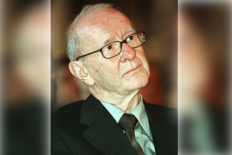 Der Leipziger Schriftsteller Werner Heiduczek im Jahr 2001. Vergangenen Sonntag ist er im Alter von 92 Jahren verstorben.