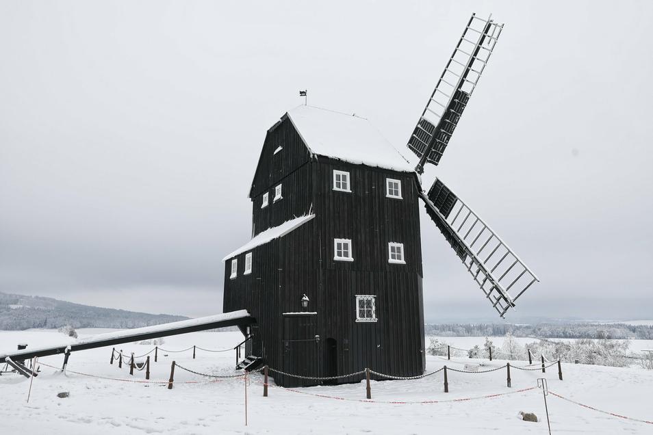 Die Kottmarsdorfer Mühle im Winter.