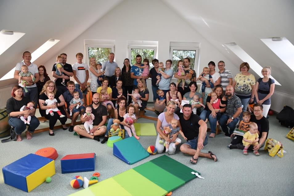 36 Kinder wurden zum Ostrauer Babyempfang eingeladen. Der fand wie gewohnt in der Kita Ostrau statt.