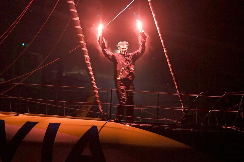 Charlie Dalin, Skipper aus Frankreich, segelte als Zweiter über die Ziellinie, wurde aber Dritter.