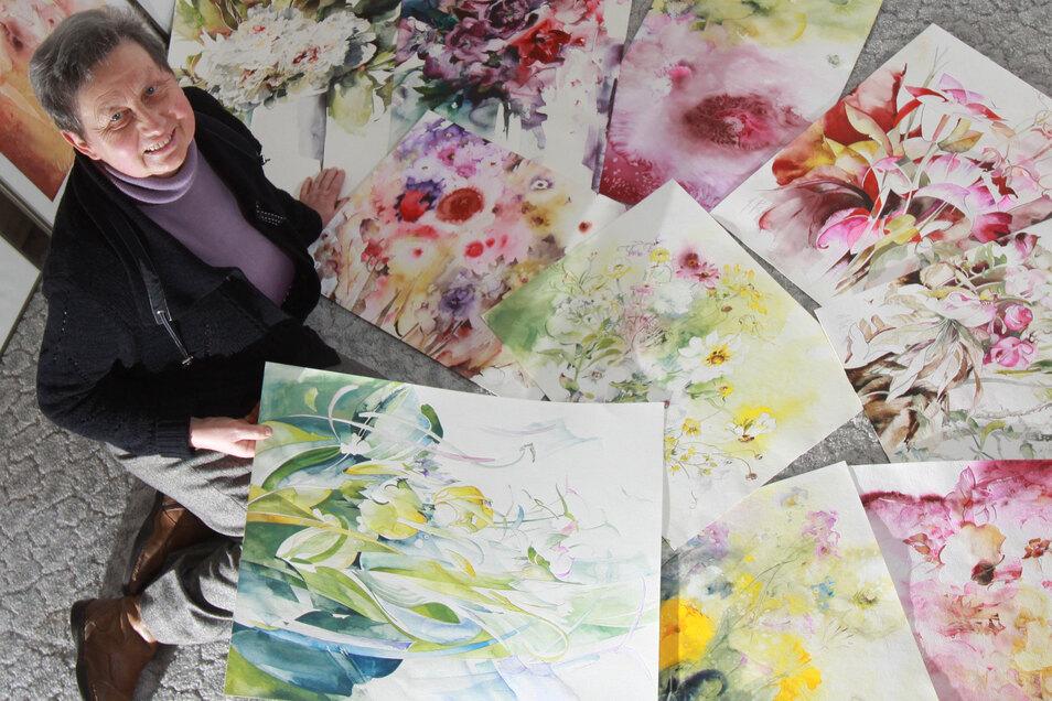 Helga Pilz ist nicht nur für ihre Aquarellmalerei bekannt. Sie entwarf bei Lautex Stoffmuster.