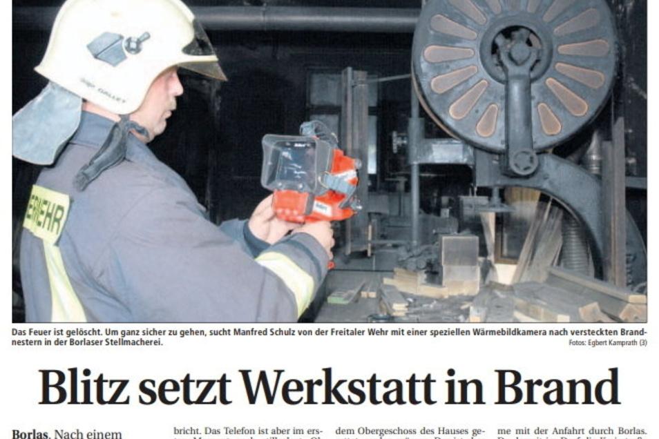 Ein Tiefpunkt in der Firmengeschichte. Der SZ-Bericht dokumentiert die Situation, nachdem im Juni 2006 nach einem Blitzschlag die Werkstatt abgebrannt ist.