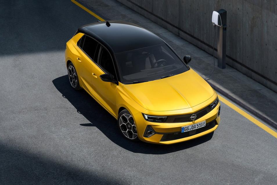 Bei der neuen Generation lässt Opel auch einen Plug-in-Hybrid ins Astra-Modellprogramm rollen.