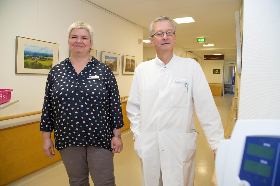 Pflegedienstleiterin Susanne Dunger und Chefarzt Dr. Uwe Scholze vom Nieskyer Emmaus-Krankehaus.
